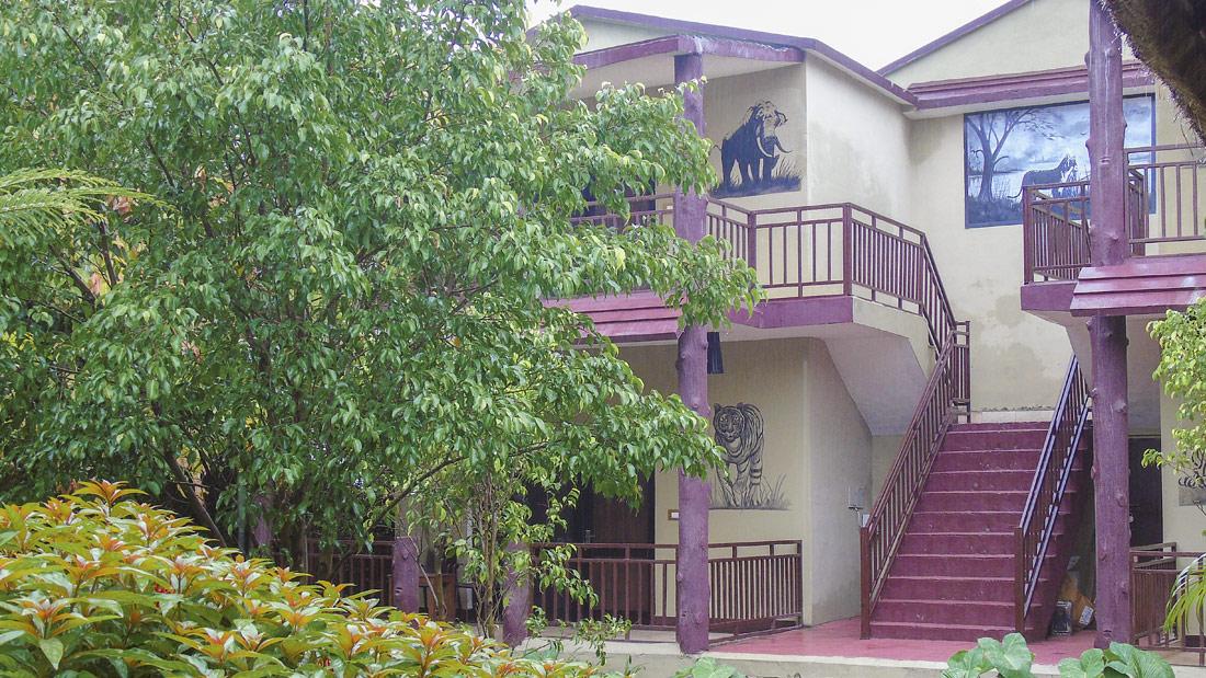 Luxury Villa machaan resort