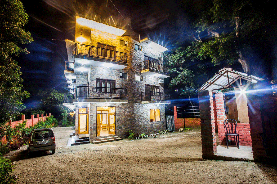 Holiday Highlights resort in jim corbett