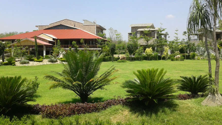 Corbett Resort