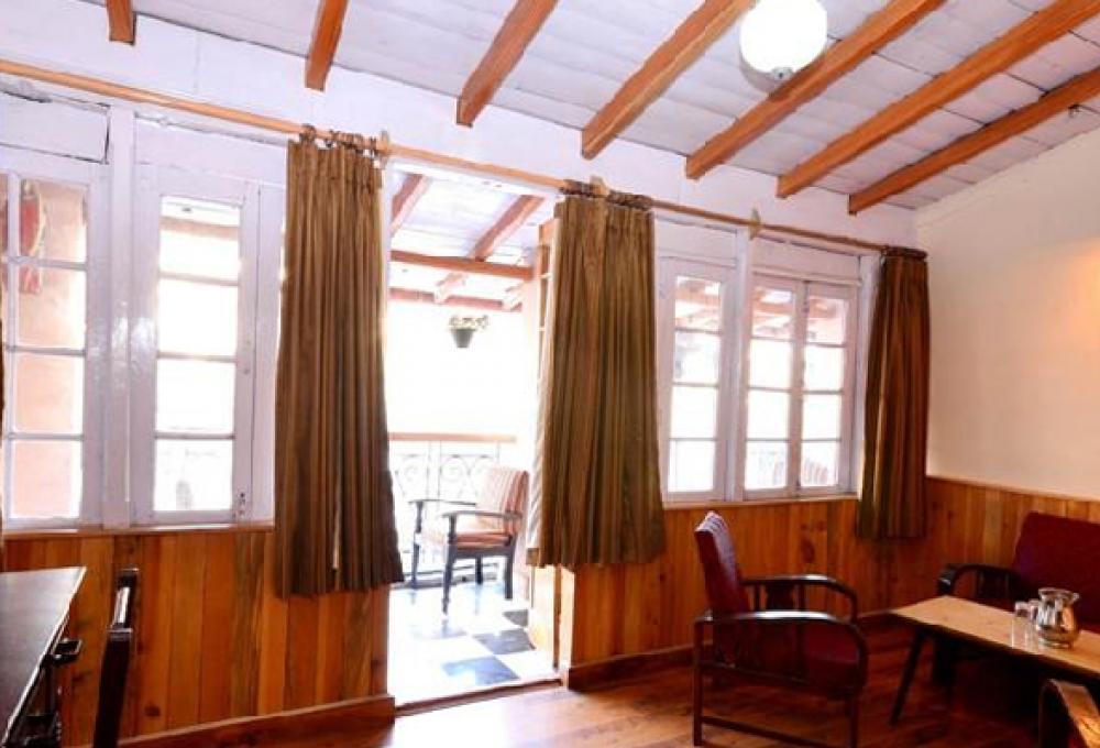 Hotel Himalaya In Nainital