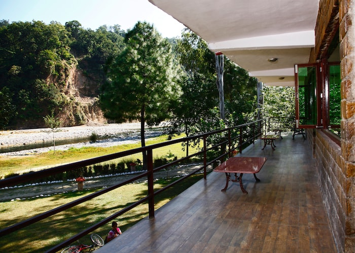 Corbett Riverside Resort In Ramnagar
