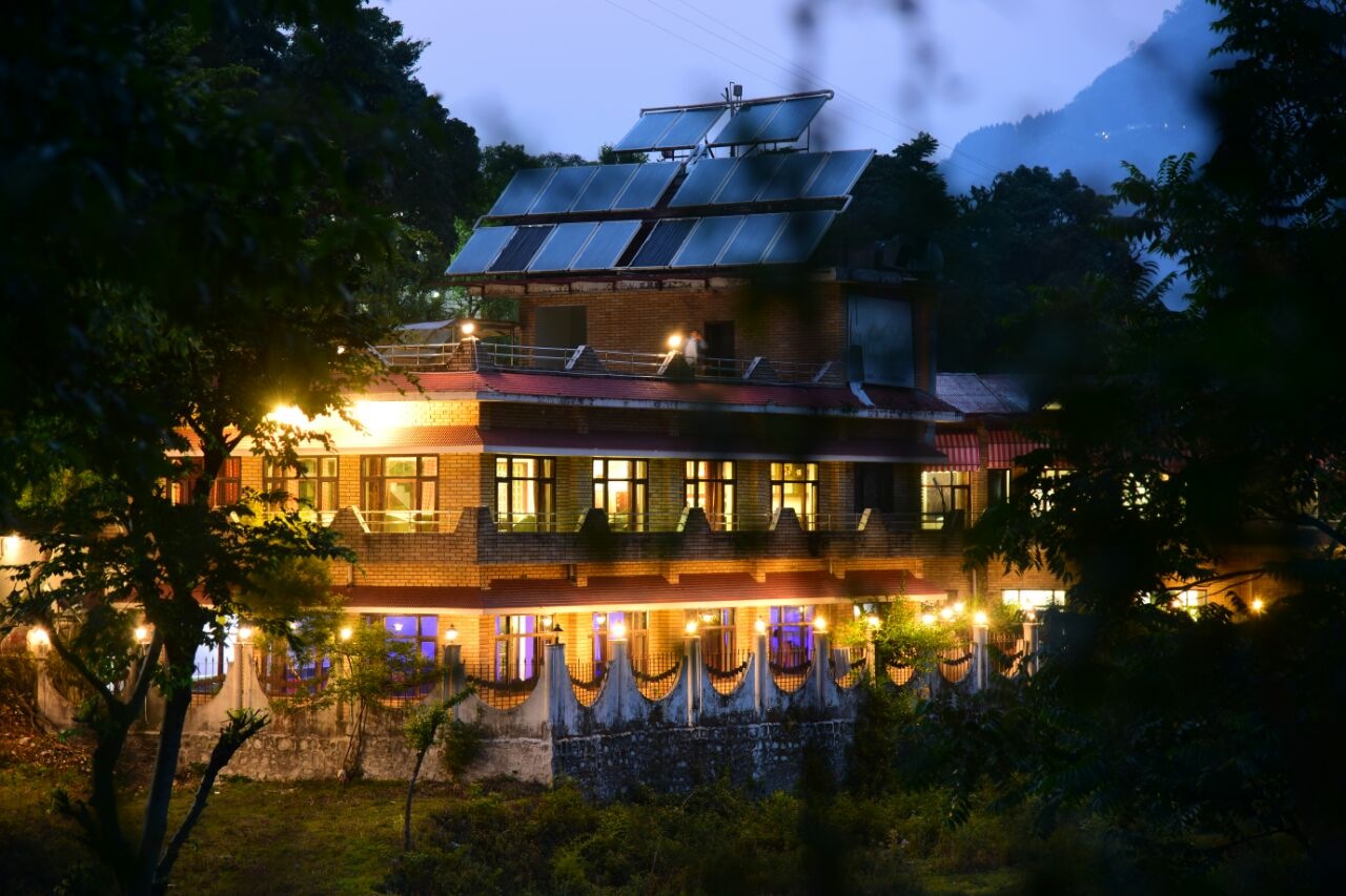 Hotel Kumkum Inn Naukuchiatal