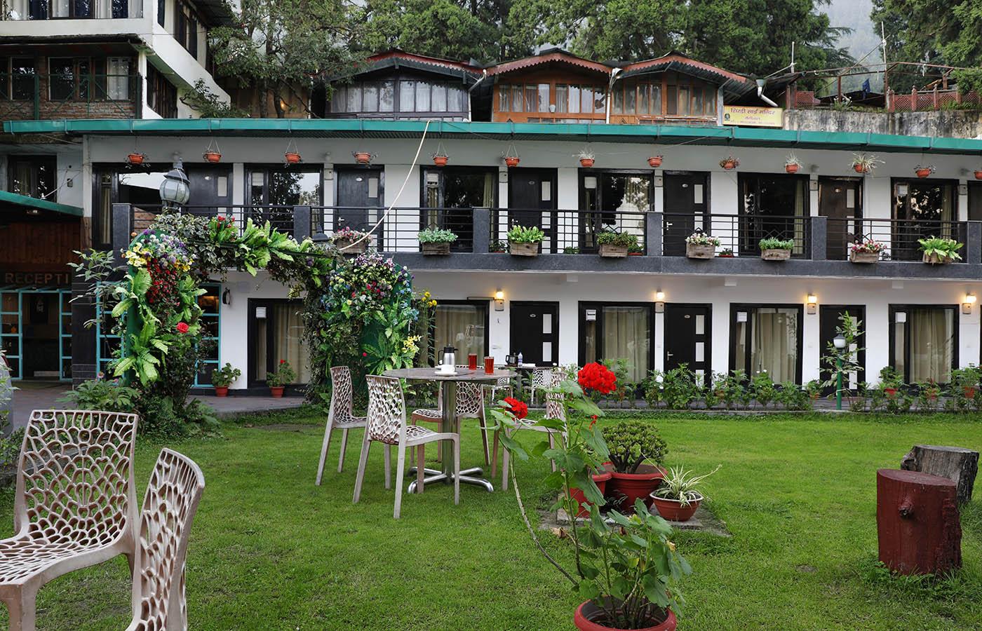 Hotel Limewood Nainital