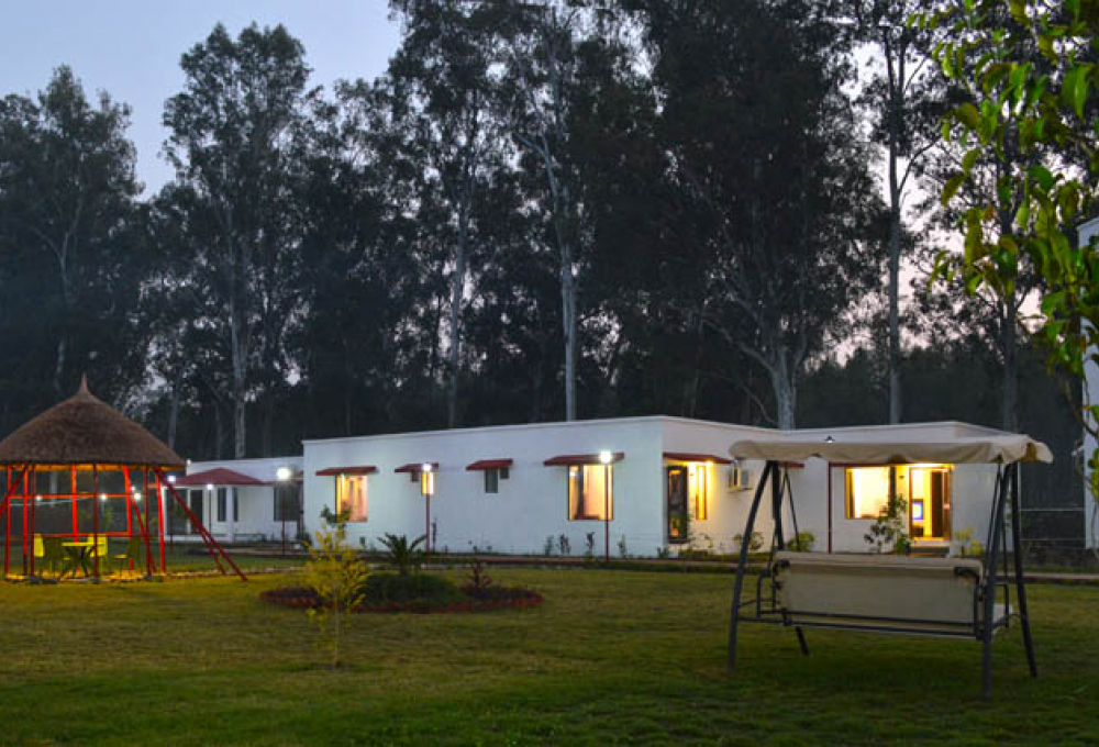 holiday forest resort in jim corbett