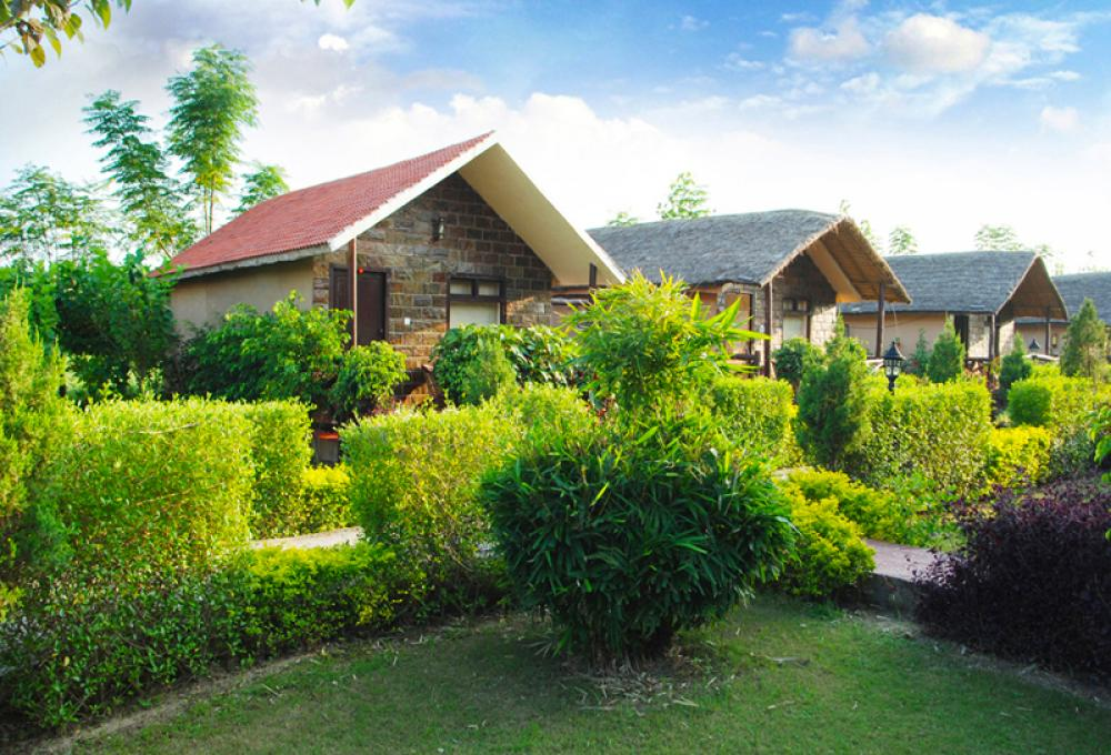 Ac Hut Corbett View Resort