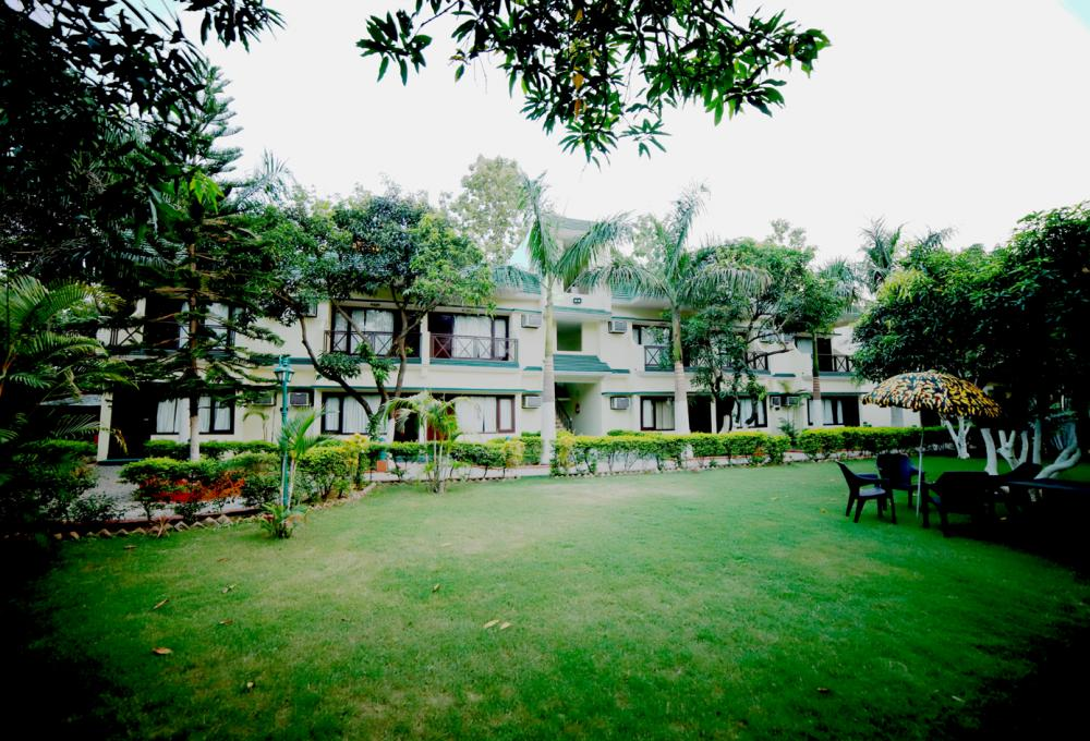 Six Seasons Resort in Corbett