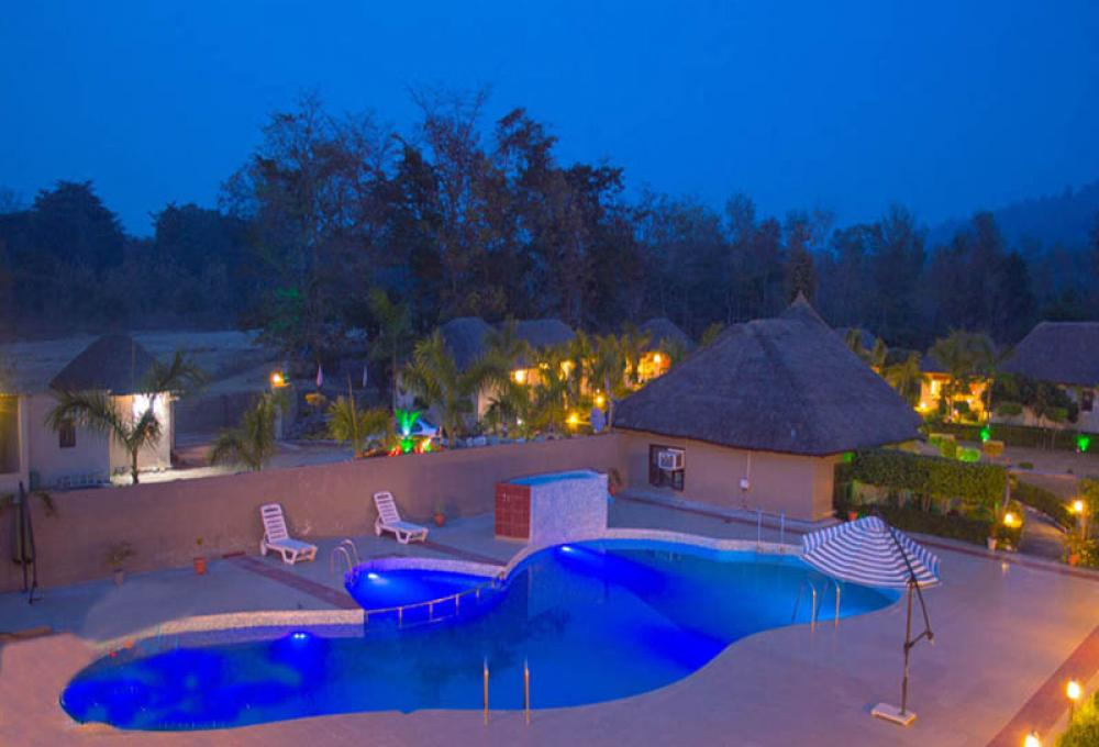 Swimming pool Corbett Fun Resort