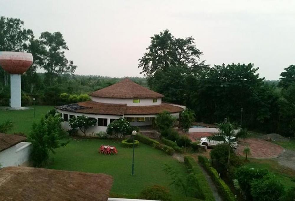 Jungle Holiday Resort Outer View