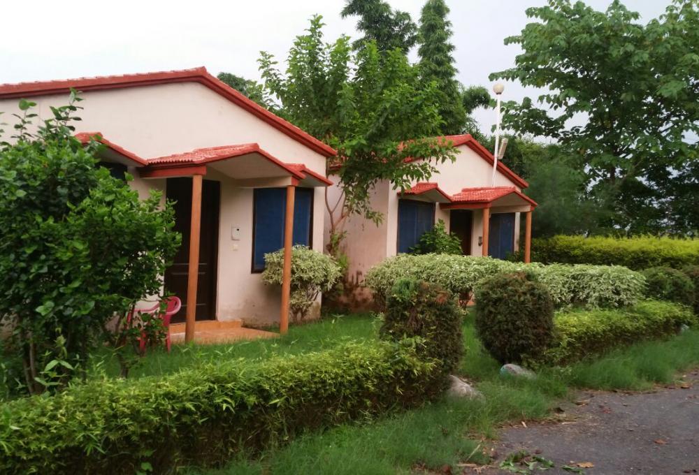 Jungle Holiday Resort Corbett