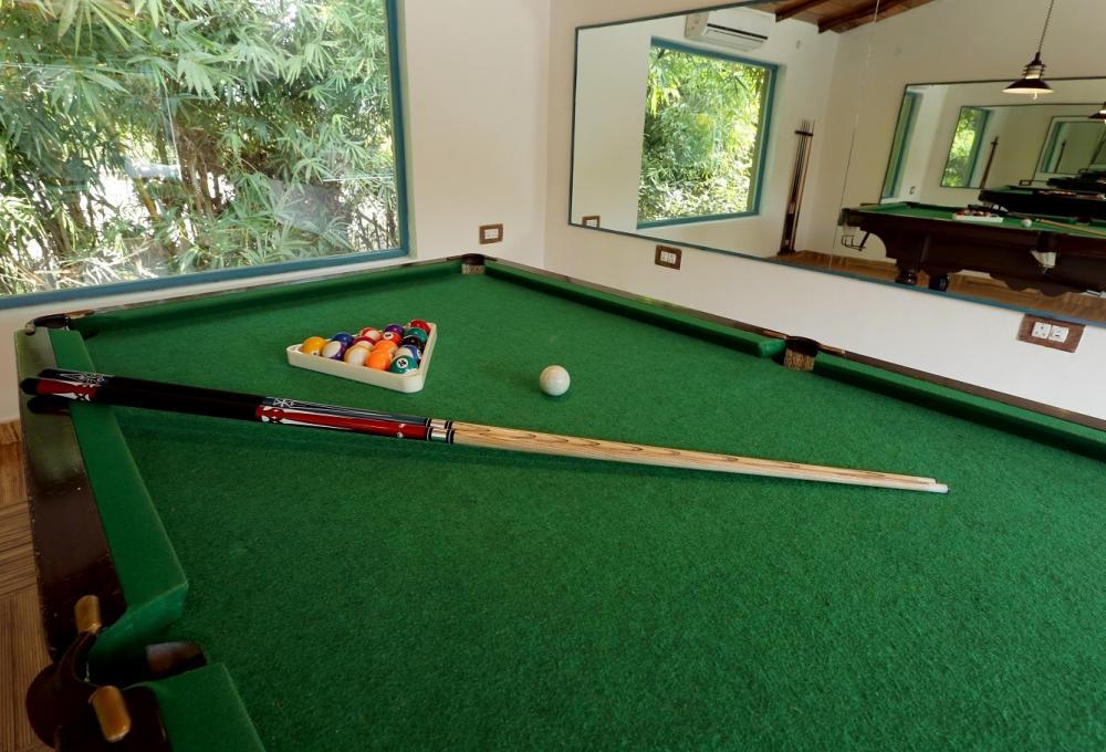 Pooltable Acorn Resort Corbett