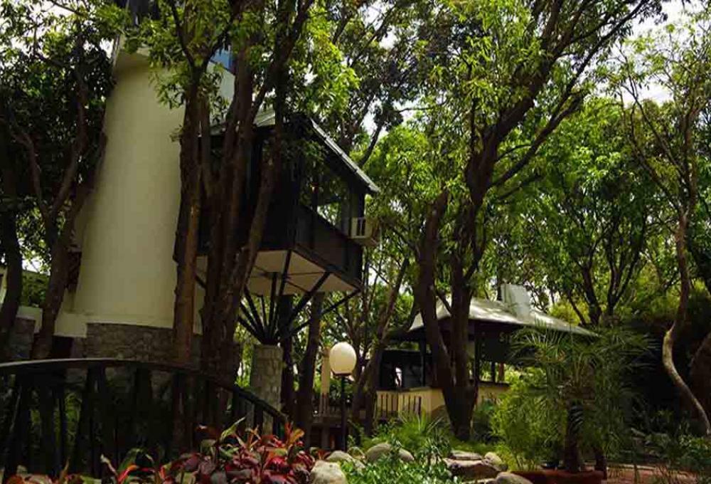 Tree House Country inn Corbett