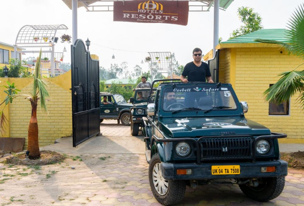Jeep Safari D Hotel And Resort in jim Corbett