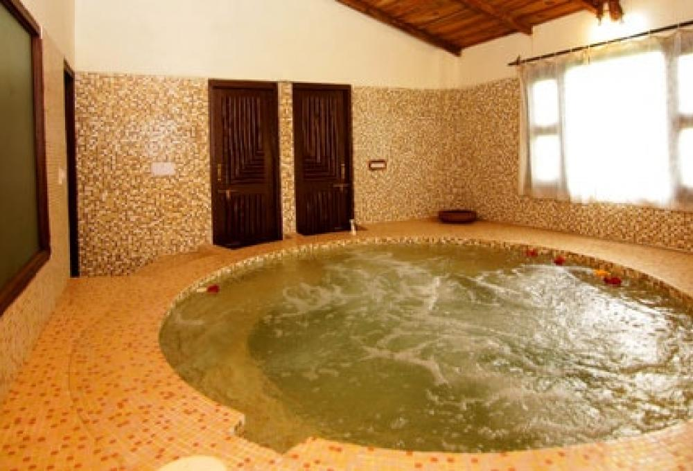 Jaccuzzi Ashokas Tiger Trail Resort