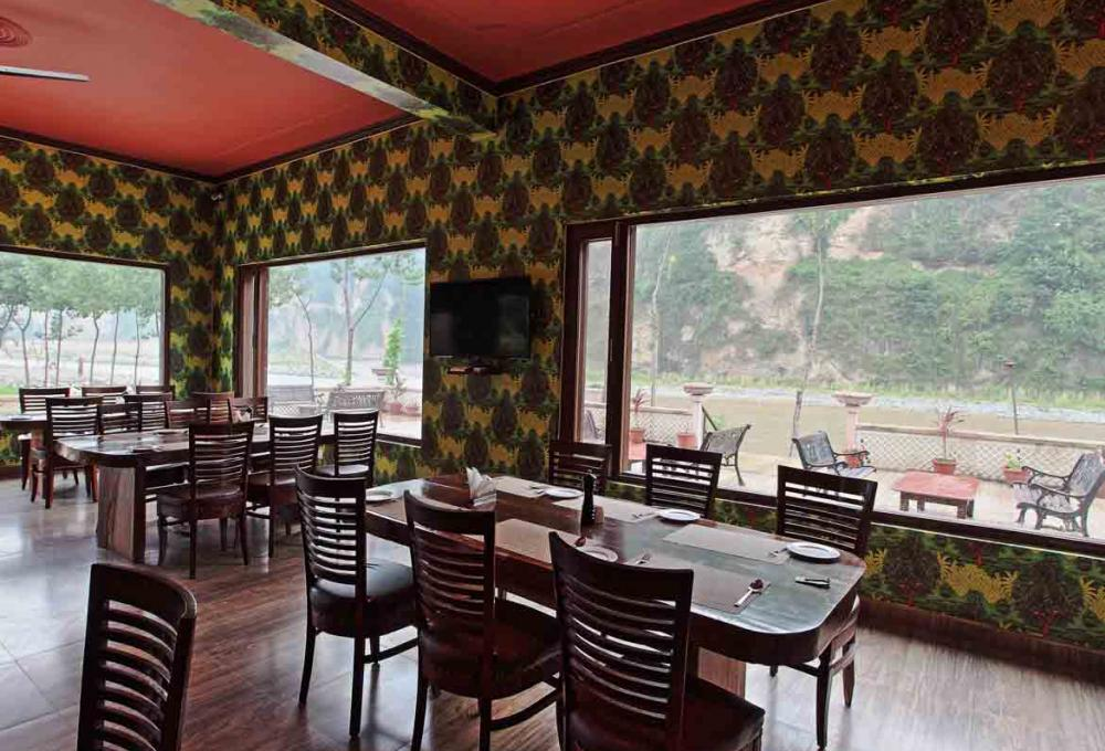 Restaurant Corbett Riverside Resort