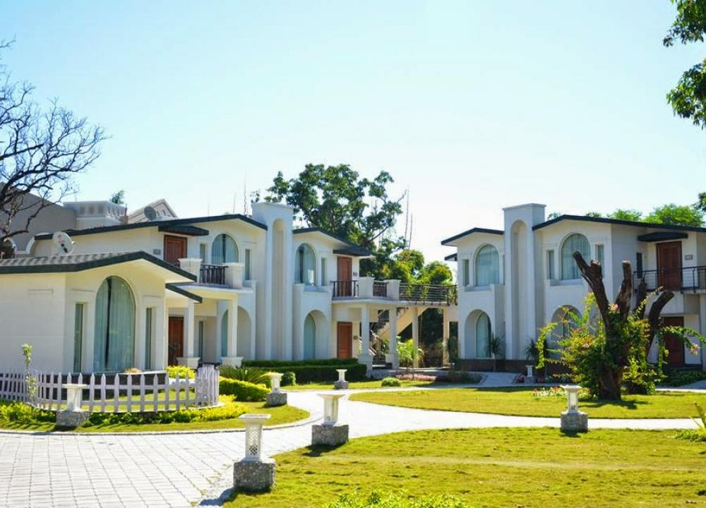 Top 5 Star Resorts in Jim Corbett