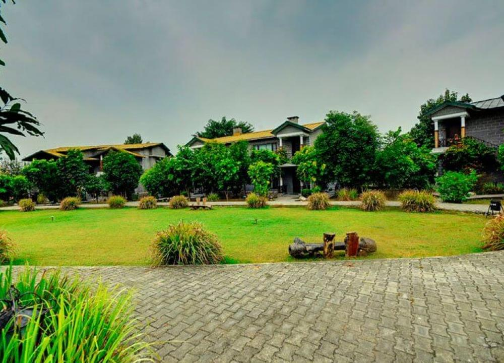 5 Star Resorts in Corbett