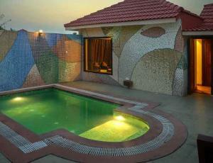 Jim Corbett Resorts with Private Swimming Pool