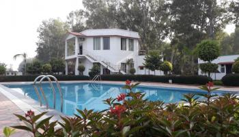 1 Night Package Royal Corbett Forest Resort