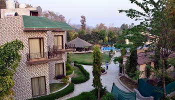 2 Night Package Clarissa Resort
