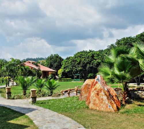 Corbett Wild Iris Spa & Resort