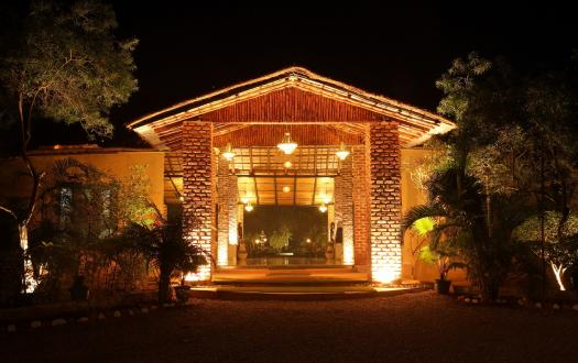 Acorn Hideaway Resort & Spa